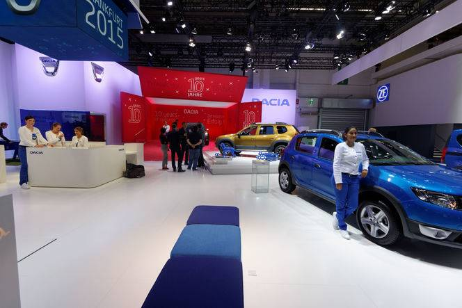 Dacia Easy-R : première automatique - En direct du salon de Francfort 2015