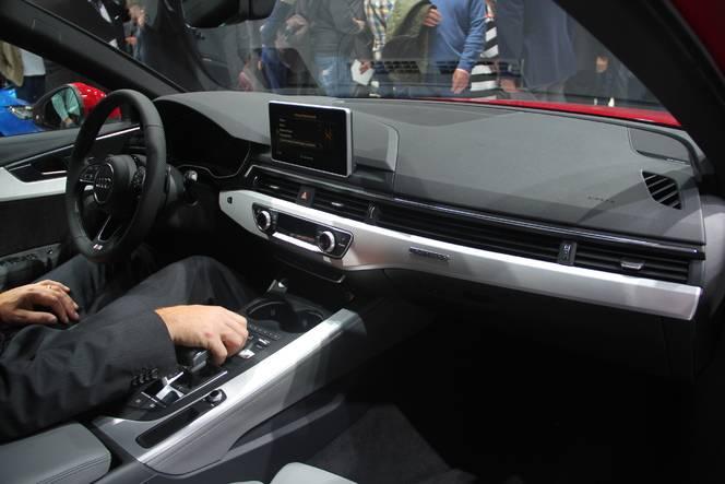 Audi A4 Avant : pratique - En direct du salon de Francfort 2015
