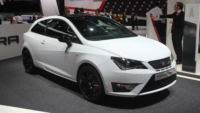 seat ibiza cupra greffe de coeur en direct du salon de francfort 2015. Black Bedroom Furniture Sets. Home Design Ideas