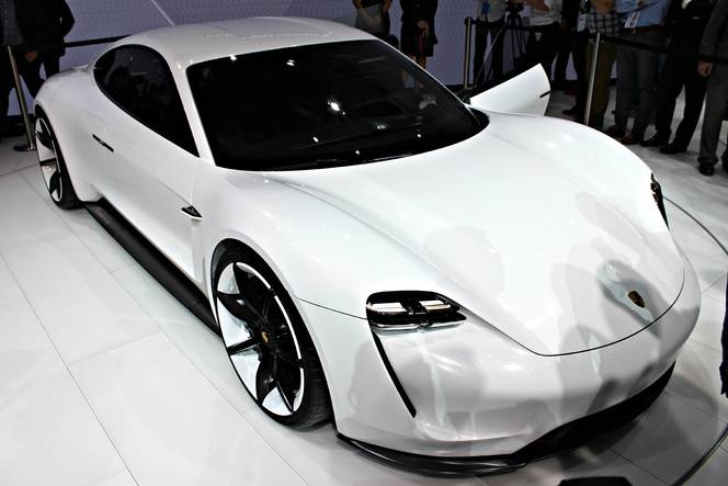 Porsche Mission E : la bonne surprise - En direct du Salon de Francfort 2015
