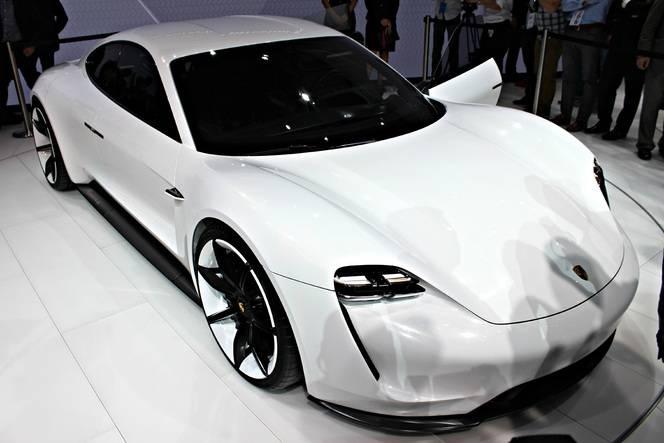 Porsche Mission E : la bonne surprise - En direct du Salon de Francfort 2015