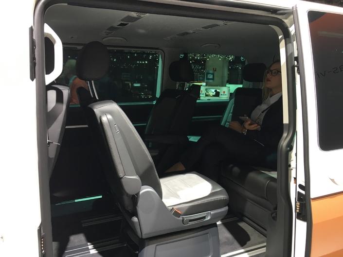 Comme tous les types de véhicules, l'intérieur du Multivan propose de très nombreuses possibilités d'aménagement.