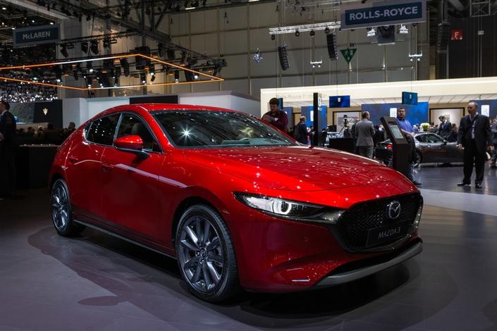 Mazda 3 : différente - Vidéo en direct du salon de Genève 2019