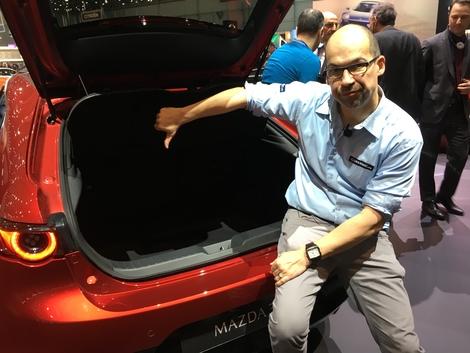 Avec seulement 334 litres, le coffre de la Mazda 3 est l'une des plus petits de la catégorie.