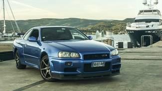 Vidéo - La minute du propriétaire : Nissan Skyline R34 GT-R : la GT venue d'ailleurs