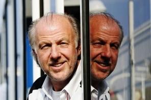 IRC: Nissan y pense, Richards le tance
