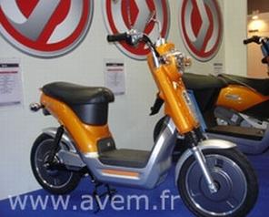 """Le scooter électrique """"Envie"""" signé SYM"""