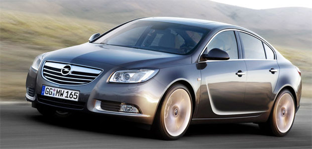 """L'Opel Insignia élue """"Voiture européenne de l'année 2009"""""""