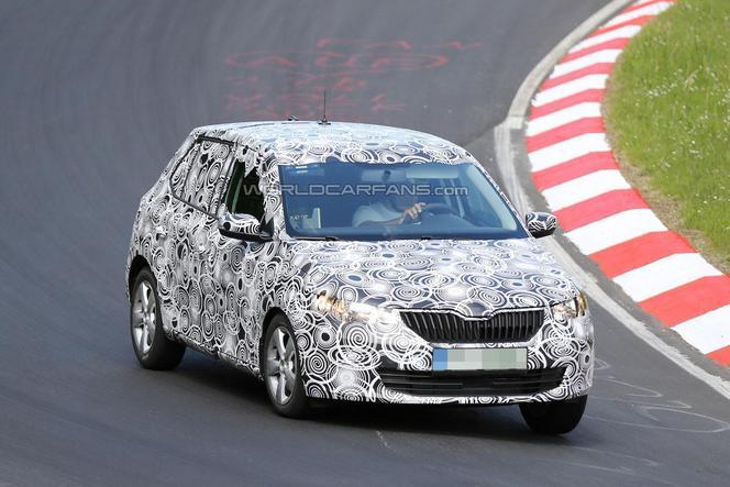 Surprise : la future Skoda Fabia sur le Nürburgring