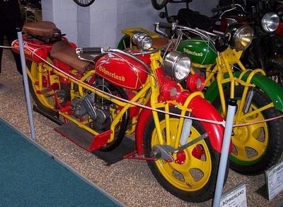 Böhmerland : à 5 sur une moto en toute légalité !!!...