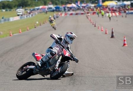 Supermotard championnat de France 2011, Livernon: interview de Sylvain Bidart