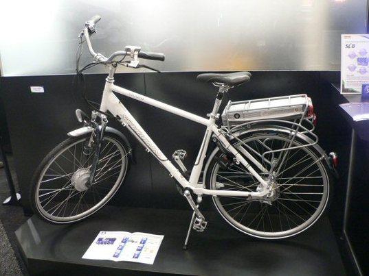 Toshiba expose le vélo électrique équipé de sa batterie SciB
