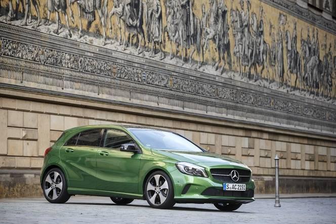 La Mercedes Classe A restylée arrive en concession : tout dans l'être, rien dans le paraître