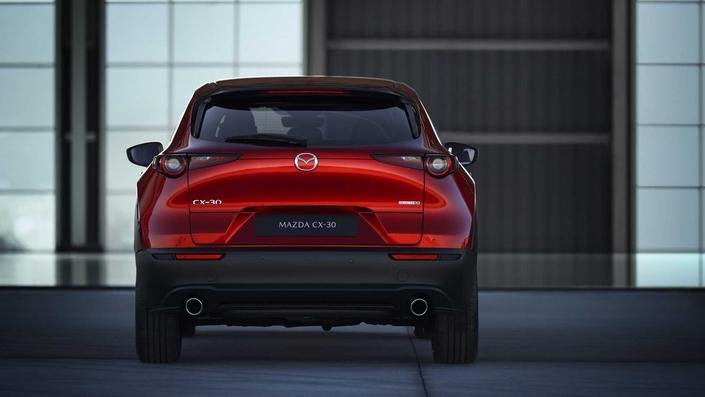 Mazda dévoile le CX-30