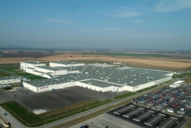 Le millionième véhicule produit par Toyota Peugeot Citroen Automobile : une Citroën C1