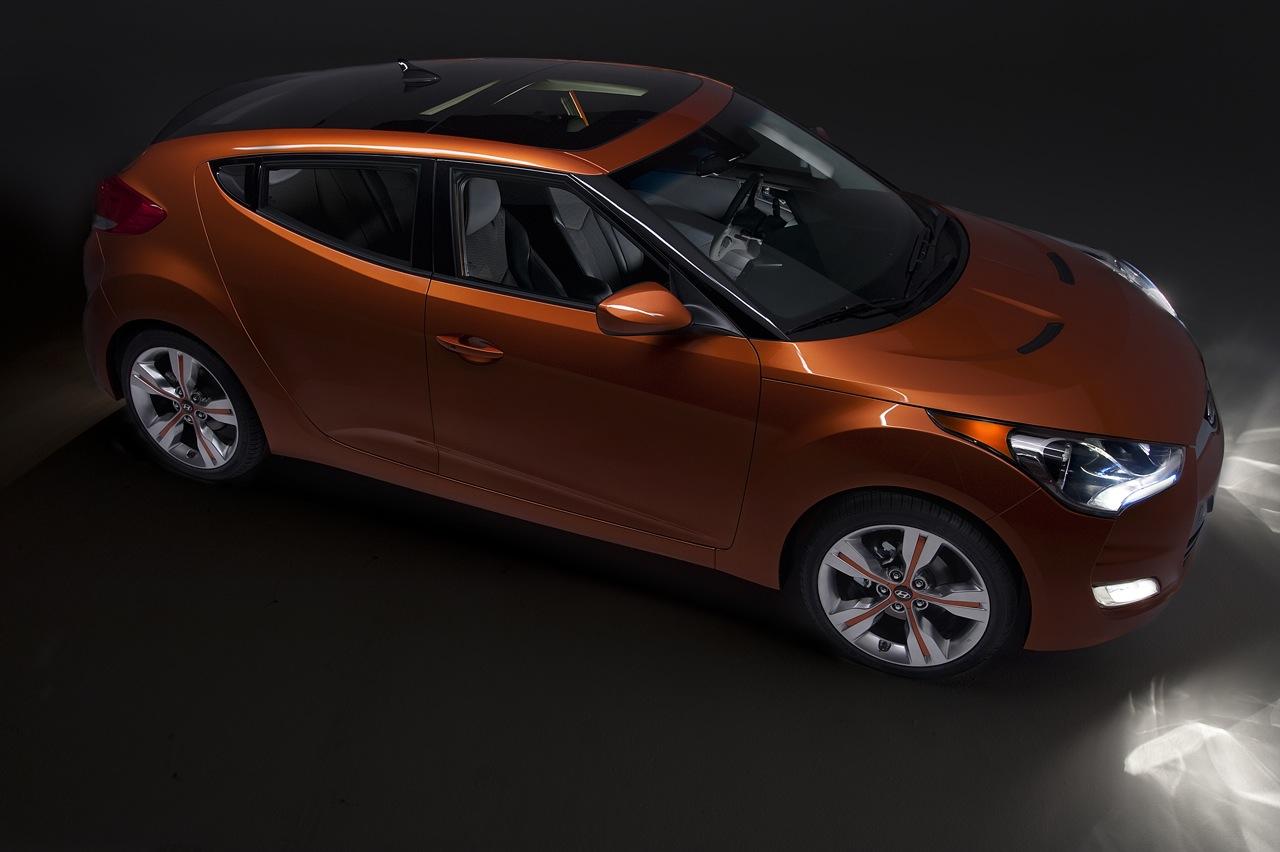 http://images.caradisiac.com/images/4/8/3/3/64833/S0-Detroit-2011-nouveau-Hyundai-Veloster-distinctif-209404.jpg