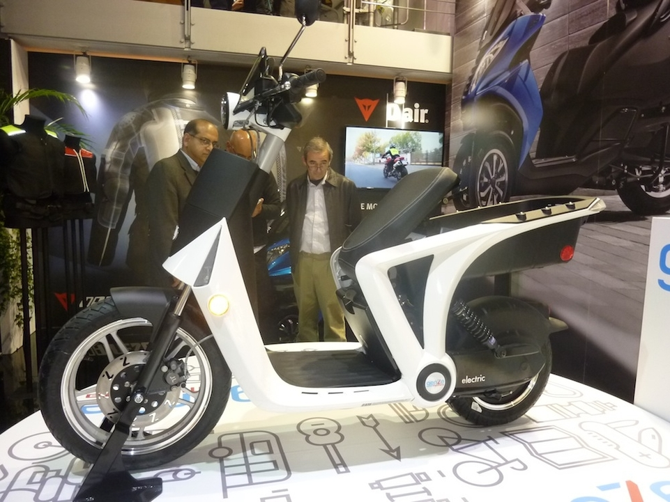 En direct du Salon de Milan 2015 : Peugeot GenZE 2.0