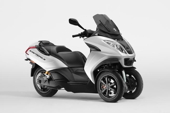 Peugeot Motocycles : le concept E-Metropolis au salon de Genève