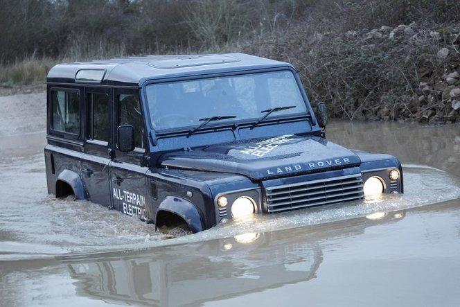 Genève 2013 : Land Rover dévoile un Defender Electrique