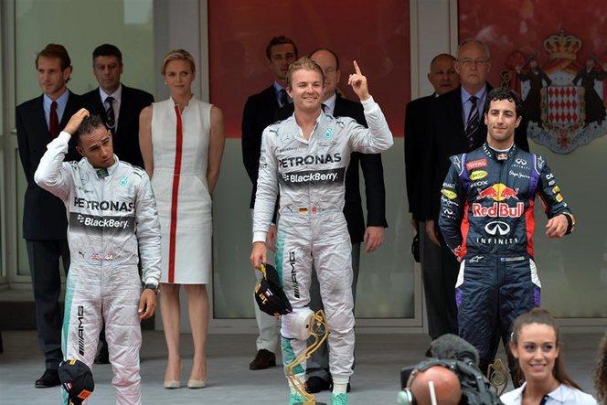 F1 - GP de Monaco : Rosberg repasse devant Hamilton, la tension monte