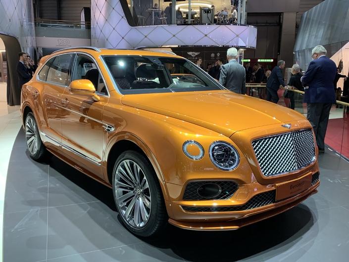 Bentley Bentayga Speed : pour 1 km/h - En direct du Salon de Genève 2019