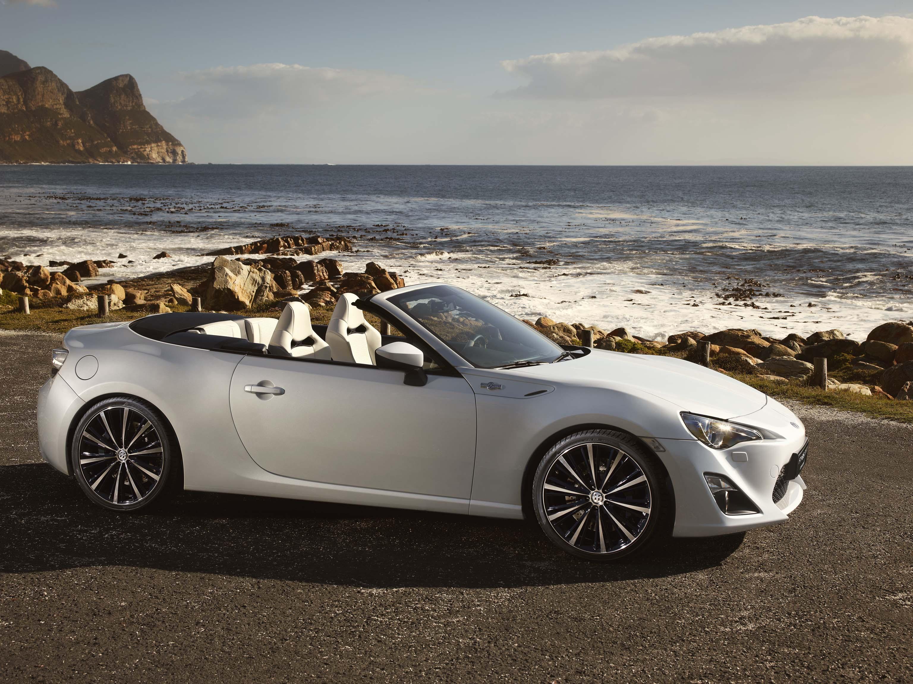 http://images.caradisiac.com/images/4/8/6/3/84863/S0-Salon-de-Geneve-2013-Le-concept-Toyota-FT-86-Open-se-montre-286780.jpg