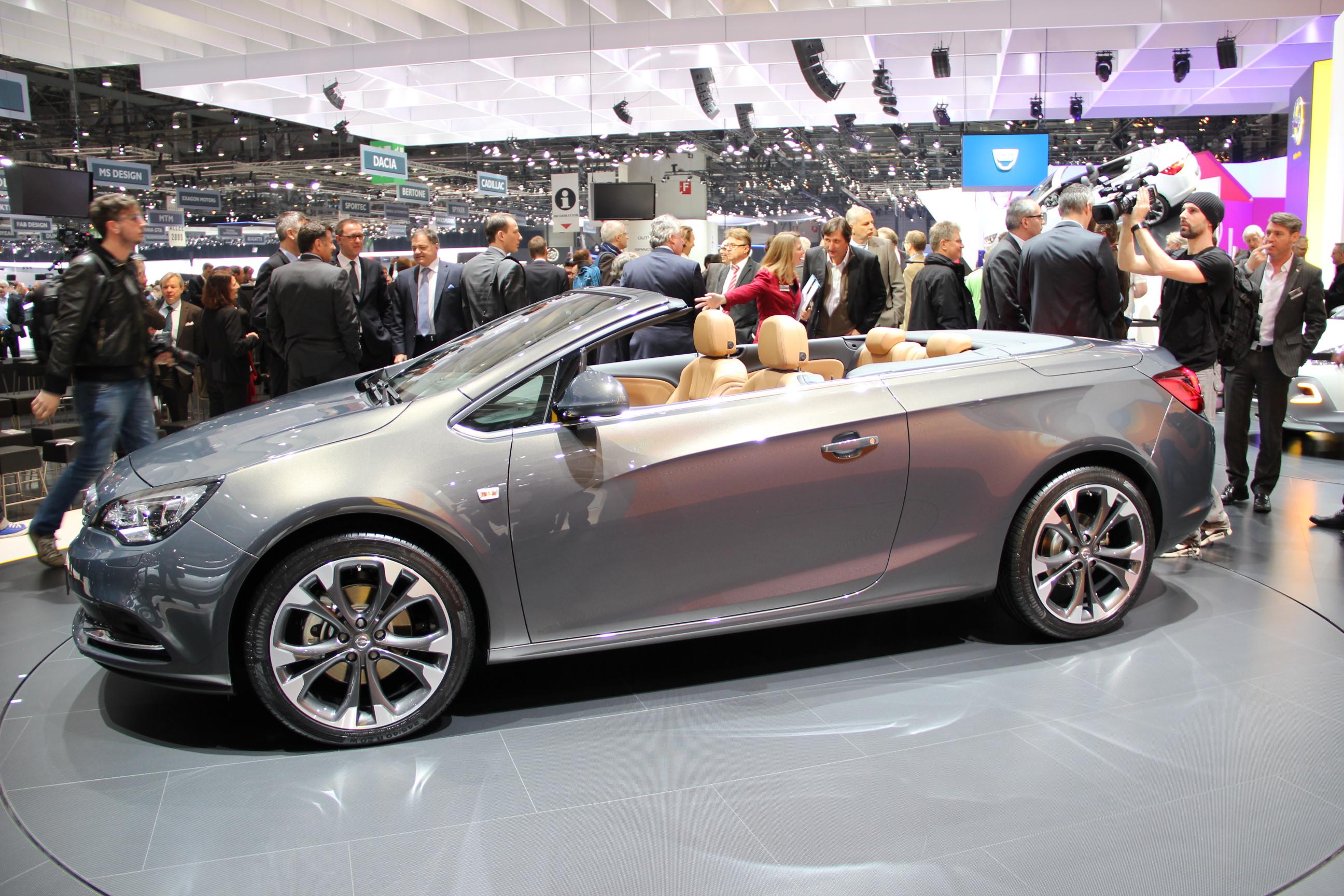 http://images.caradisiac.com/images/4/8/8/0/84880/S0-En-direct-de-Geneve-2013-Opel-Cascada-jolie-287012.jpg