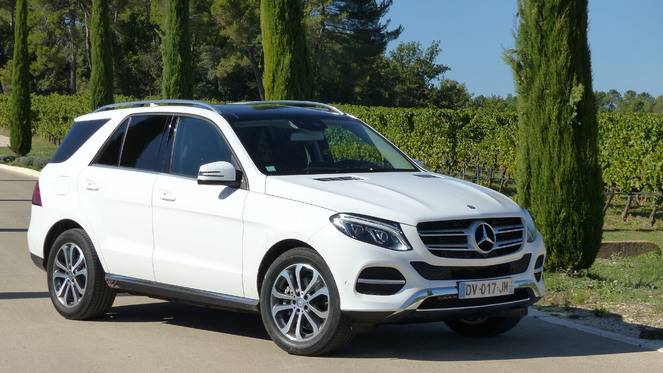 S1-Essai-video-Mercedes-GLE-le-ML-revisite-364460