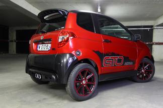 Carbone, stripping, la GTO ne passe pas inaperçue