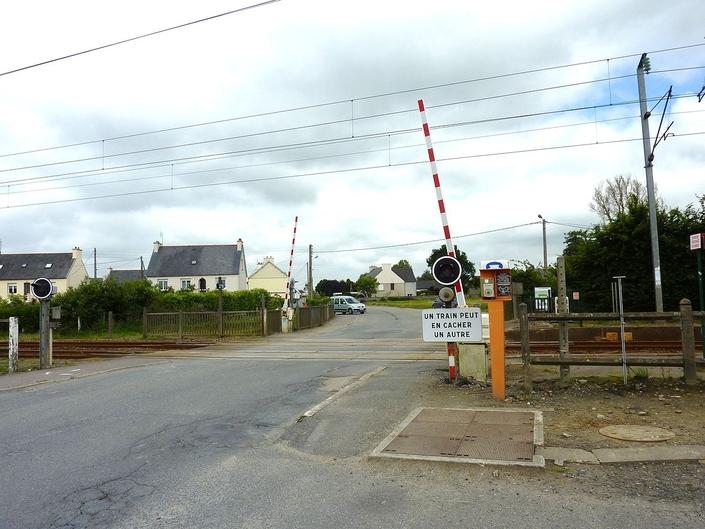 On compte plus de 15 000 passages à niveaux sur les routes de France. Certains sont encore dépourvus de barrière de sécurité.