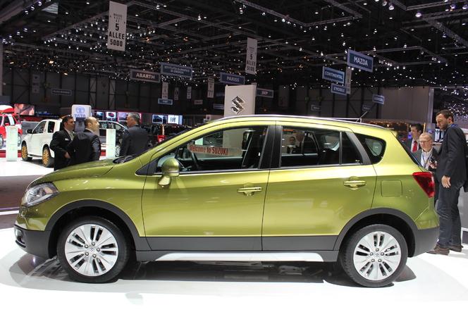 Vidéo en direct du Salon de Genève 2013 : nouveau Suzuki SX4, 20 cm plus long