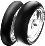 Supermotard et piste : quel pneu choisir ?