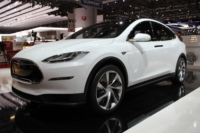 En direct du Salon de Genève 2013 : Tesla Model X, l'inévitable SUV