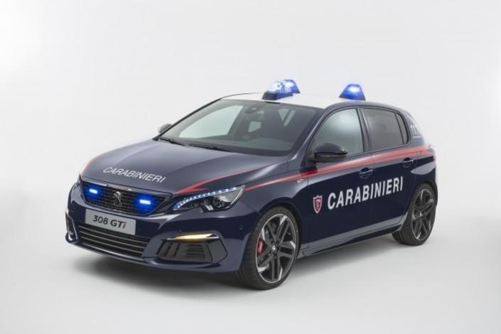 Les policiers italiens en Peugeot 308 GTI