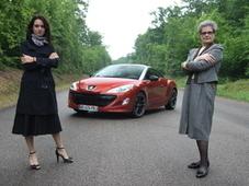 Drôles de dames spécial Noël : Audi R8 V10