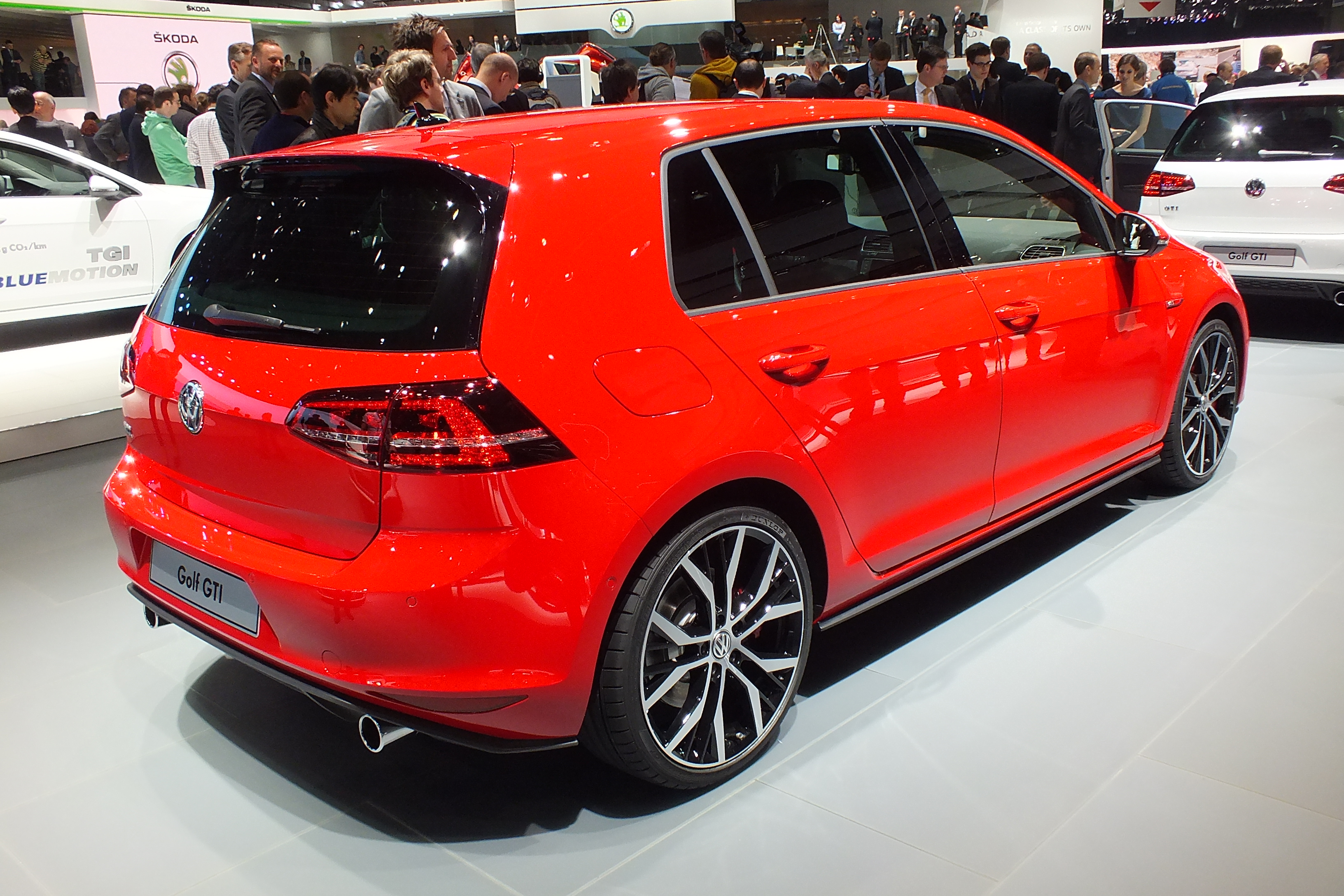 salon de gen ve 2013 golf gti 7 dark cars wallpapers. Black Bedroom Furniture Sets. Home Design Ideas