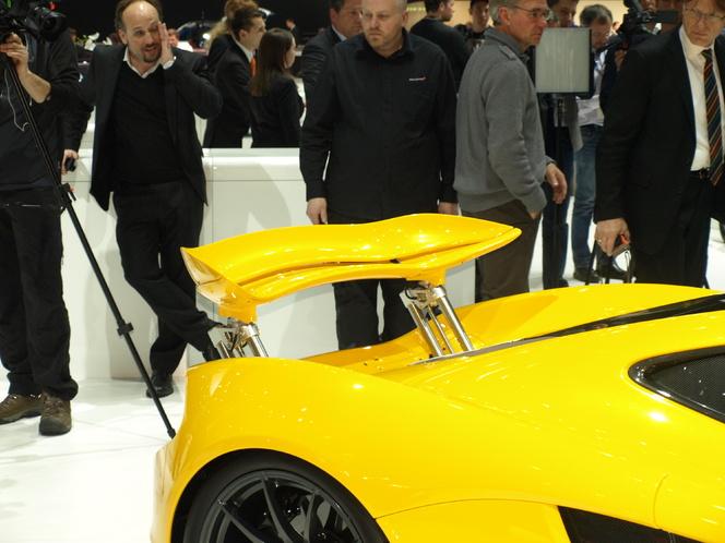 Vidéo en direct du Salon de Genève 2013 - McLaren P1 : dans le big five