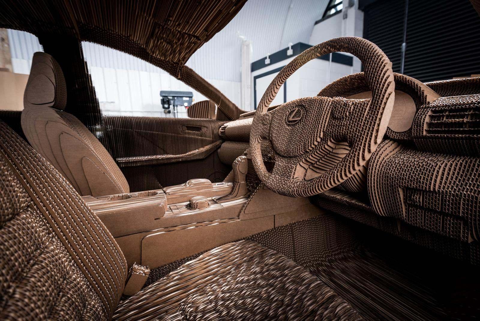 [Image: S0-Lexus-devoile-une-IS-roulante-en-carton-363717.jpg]