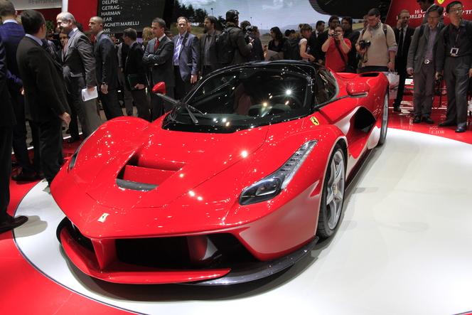 Vidéo en direct de Genève 2013 : Ferrari LaFerrari, nom de nom