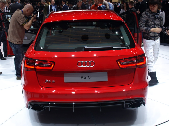 En direct du Salon de Genève 2013 - Audi RS6 Avant : downsizée