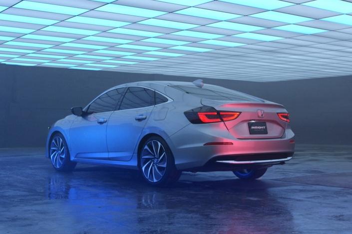 Honda va lancer une nouvelle berline hybride Insight