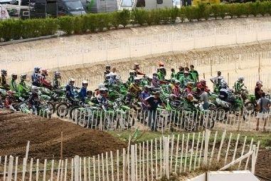 Challenge team Green : Kawasaki se met au vert.