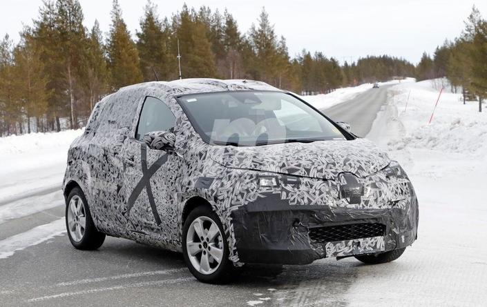 La future Renault Zoe se montre un peu plus