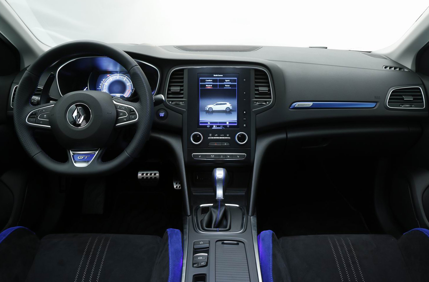 Vid o la renault m gane 4 face la r daction for Interieur nouvelle megane