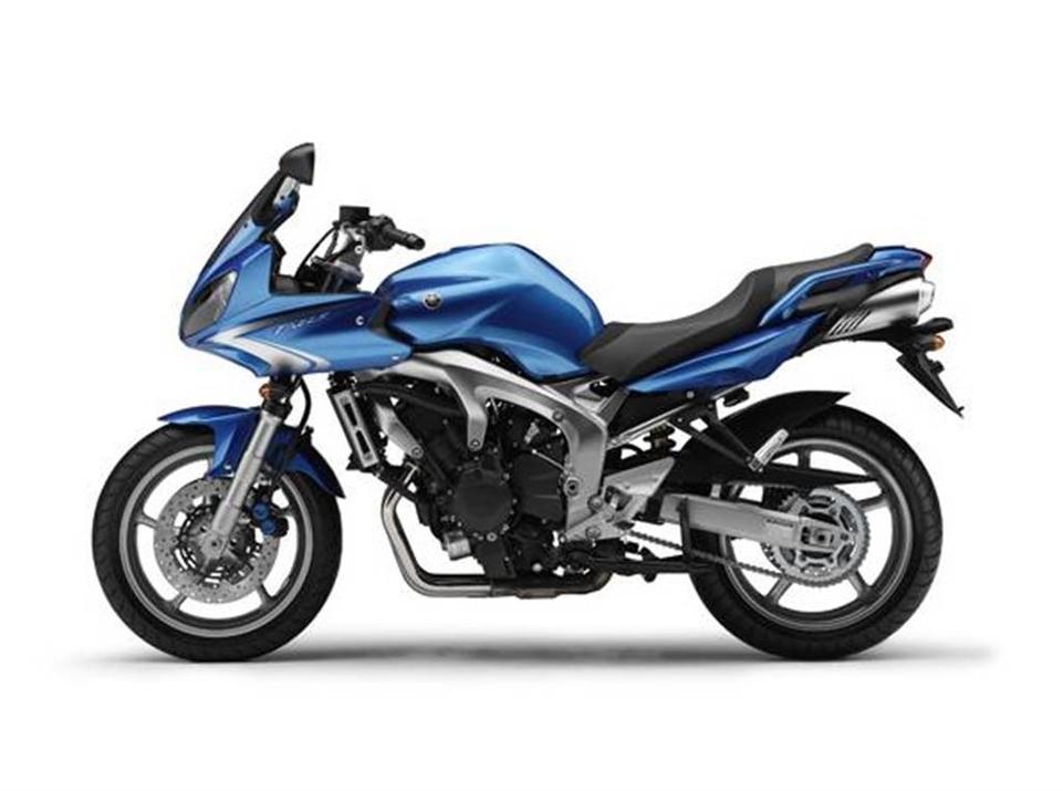 Yamaha FZ1 et FZ6 2009 : nouveaux coloris