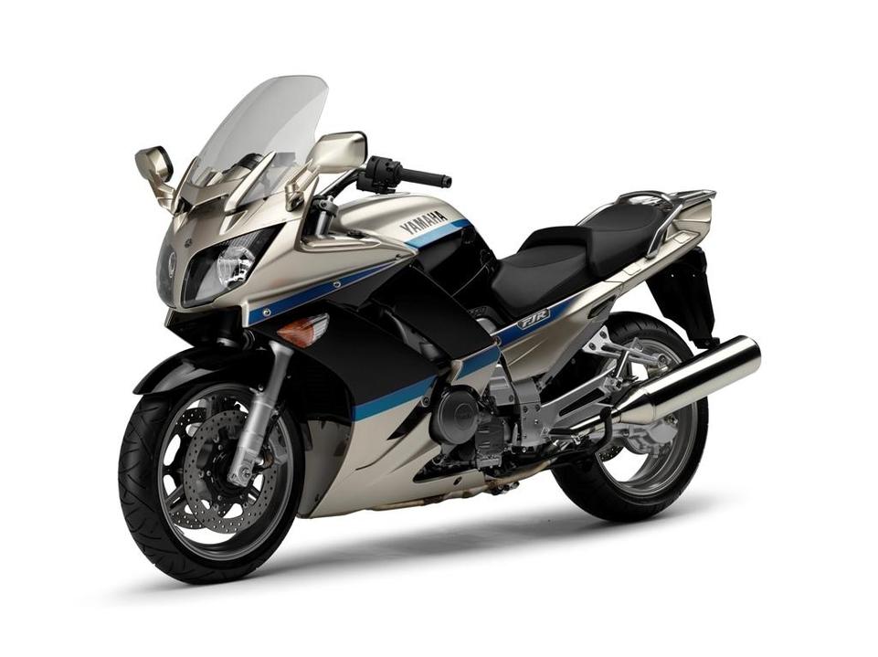 Yamaha 1300 FJR 2009 : un embrayage plus doux et nouvelles couleurs