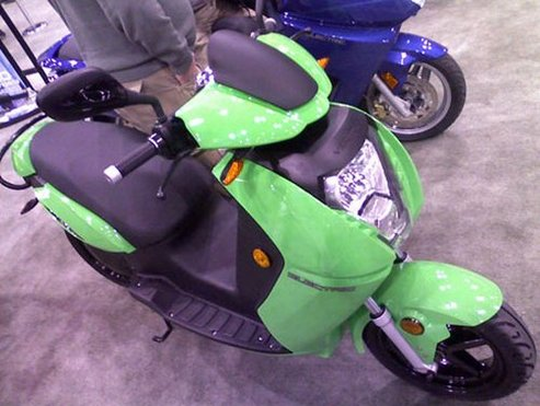 New York International Motorcycle Show 2009 : le nouveau scooter électrique Vectrix VX-2