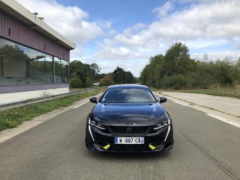 Prise en mains vidéo - Peugeot 508 PSE : la Peugeot de route la plus puissante jamais produite