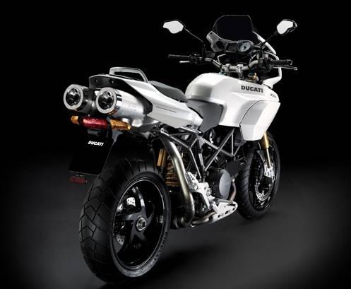 Encore plus de blanc chez Ducati en 2009