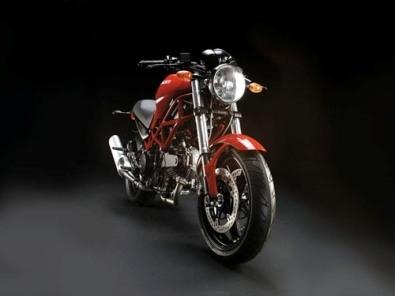 Ducati Monster 695 IE  : comme les grandes !